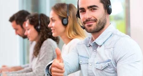 it support call center guy giving thumbs up